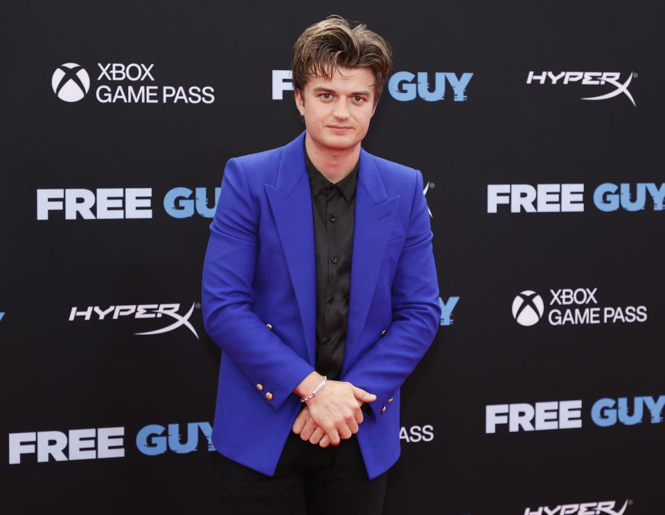 NEW YORK, NEW YORK - AUGUST 03: Joe Keery attends the