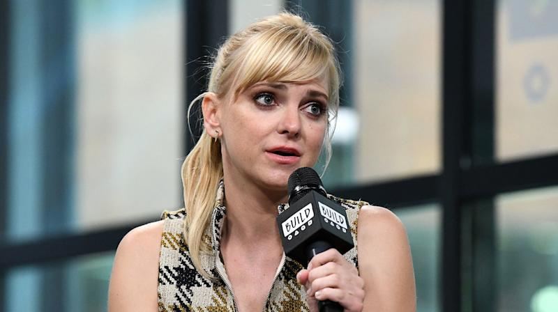 Anna Faris Shares Story About Male Director Sexually Harassing Her On Set