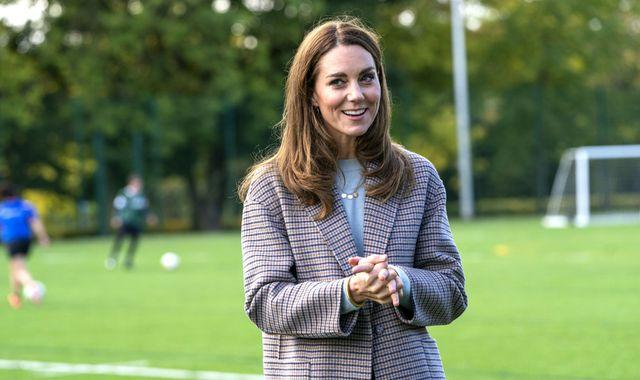 Coronavirus: Duchess of Cambridge visits university students to see how they're coping with pandemic