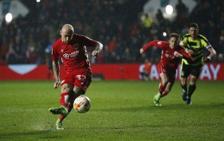 Britain Football Soccer - Bristol City v Huddersfield Town - Sky Bet Championship - Ashton Gate - 17/3/17 Bristol City's David Cotterill scores their fourth goal from the penalty spot Mandatory Credit: Action Images / Andrew Couldridge Livepic