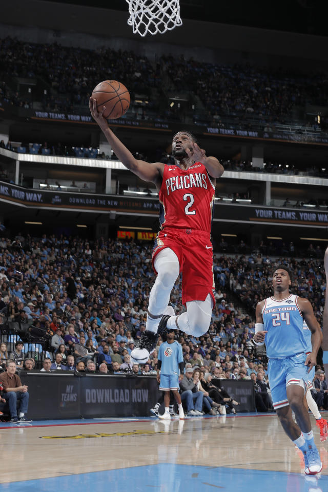 SACRAMENTO, CA - APRIL 7: Ian Clark #2 of the New Orleans Pelicans shoots the ball against the Sacramento Kings on April 7, 2019 at Golden 1 Center in Sacramento, California. (Photo by Rocky Widner/NBAE via Getty Images)