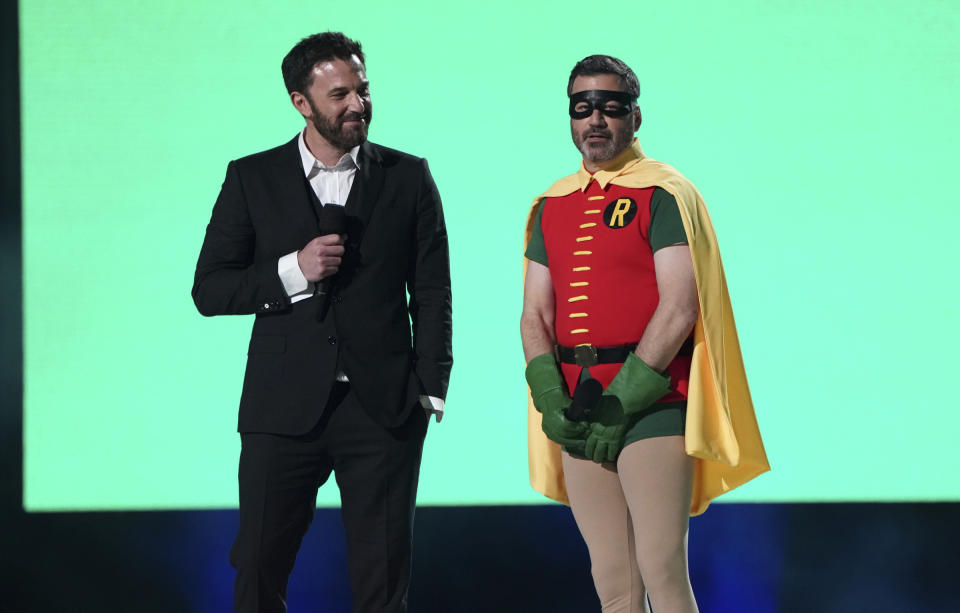 <p>Ben Affleck e Jimmy Kimmel (Photo by Jordan Strauss/Invision/AP)</p>