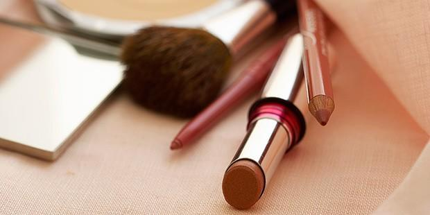 Beauty Steals: Look Great All Holiday Week Long
