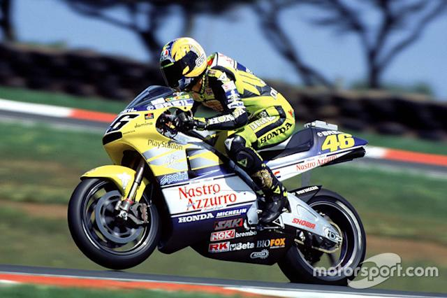 "2000 - Honda (500cc) <span class=""copyright"">Gold and Goose / Motorsport Images</span>"