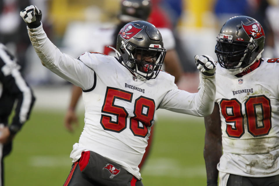 Shaquil Barrett (58) is returning to the Buccaneers.(AP Photo/Matt Ludtke)