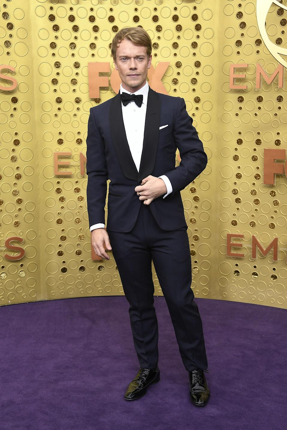 """<h1 class=""""title"""">Alfie Allen in Dunhill, Christian Louboutin shoes, and Omega jewelry</h1><cite class=""""credit"""">Photo: Getty Images</cite>"""