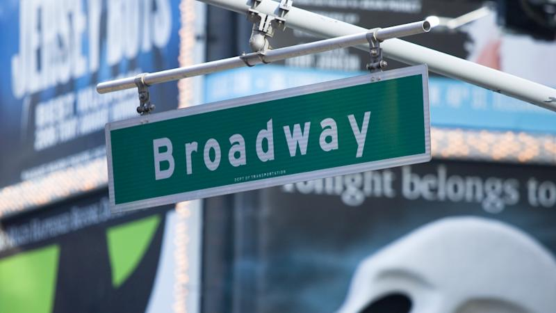 Broadway Back In Biz After Power Outage Ends
