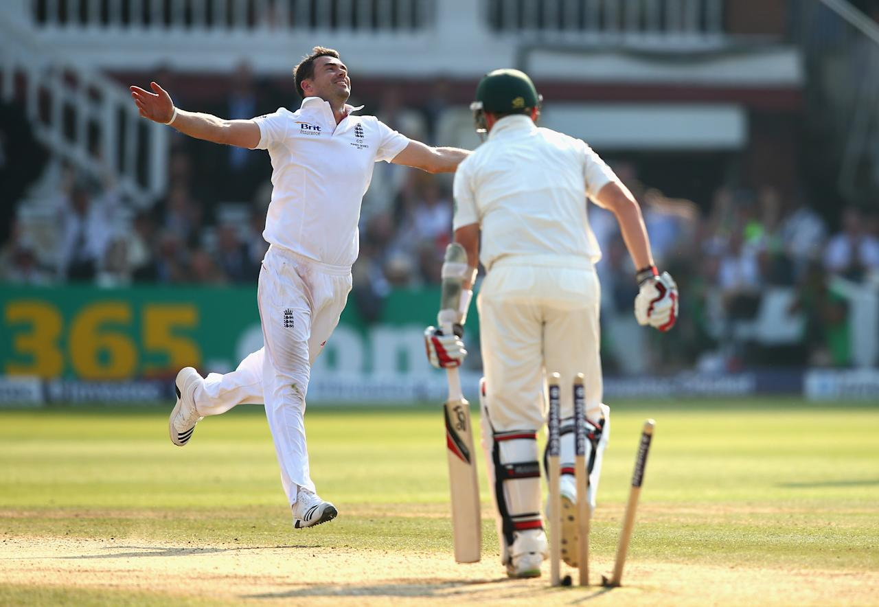 LONDON, ENGLAND - JULY 21:  James Anderson of England celebrates after taking the wicket of Peter Siddle of Australia during day four of the 2nd Investec Ashes Test match between England and Australia at Lord's Cricket Ground on July 21, 2013 in London, England.  (Photo by Ryan Pierse/Getty Images)