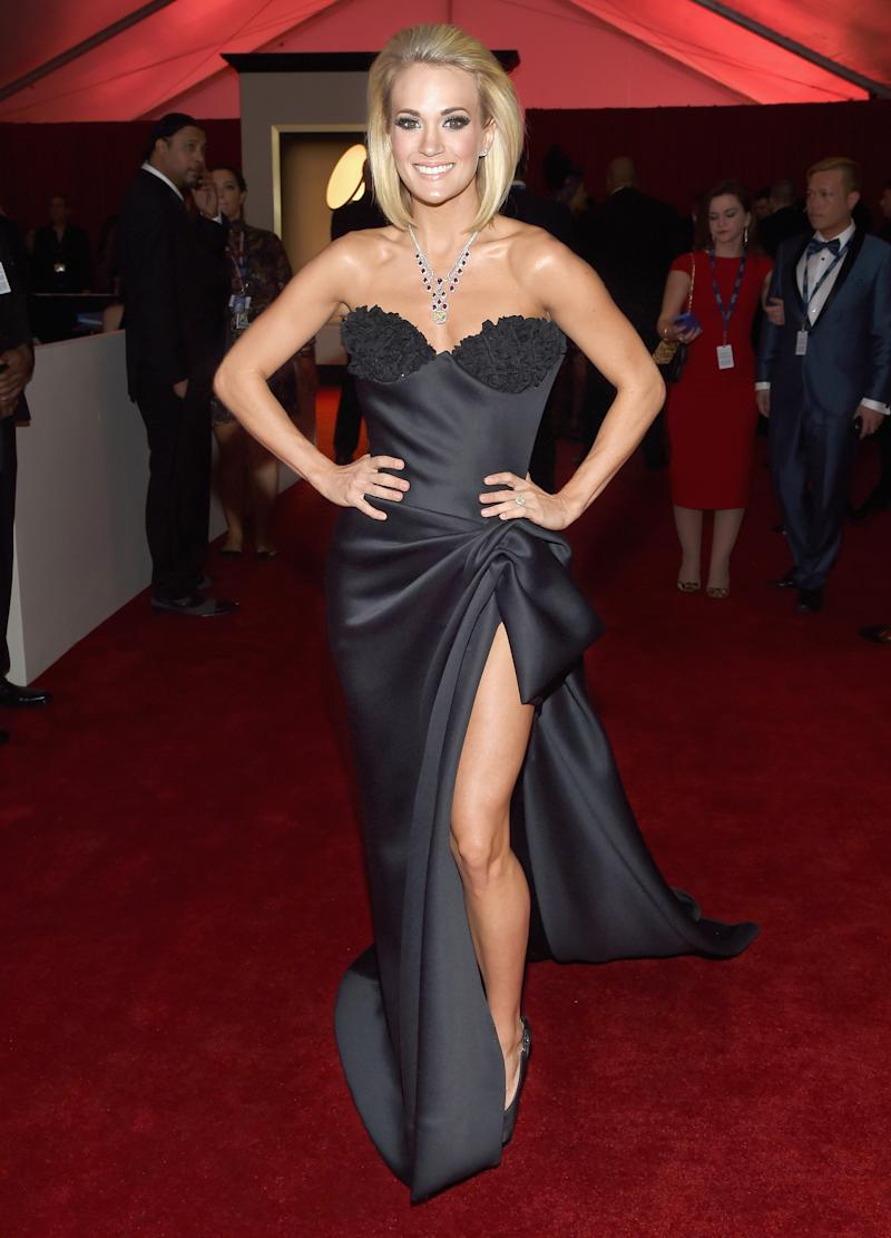 Grammys 2016 Carrie Underwoods Bob Hairstyle Love It Or Hate It