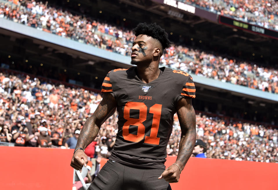 Wide receiver Rashard Higgins #81 of the Cleveland Browns reacts to the crowd as he enters the field before playing in the game against the Tennessee Titans at FirstEnergy Stadium on September 08, 2019 in Cleveland, Ohio. (Photo by Jason Miller/Getty Images)
