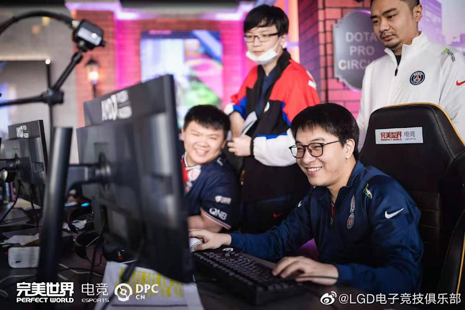 LGD Gaming's Dota 2 team, PSG.LGD, competing in the Dota Pro Circuit's Chinese regional league. (Photo: Perfect World)