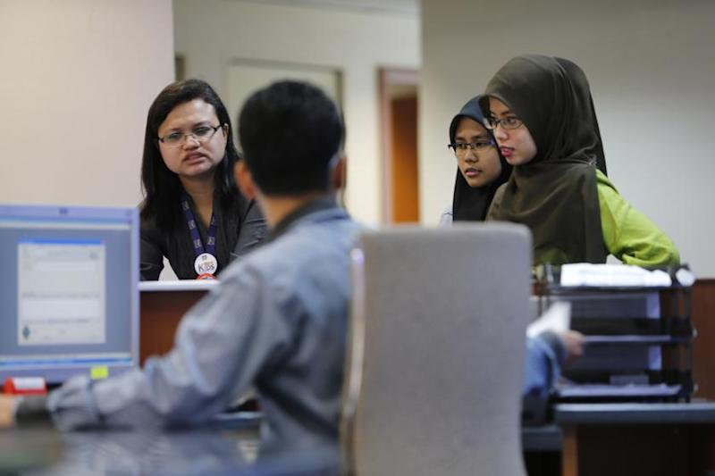 Employment Act amendment to cover all discrimination, including hotel ban on headscarves, says ministry