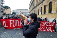 Students protest as high schools remain closed in Rome