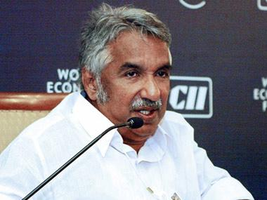 Solar scam accused alleges sexual abuse by Oommen Chandy, Congress leaders term case politically motivated