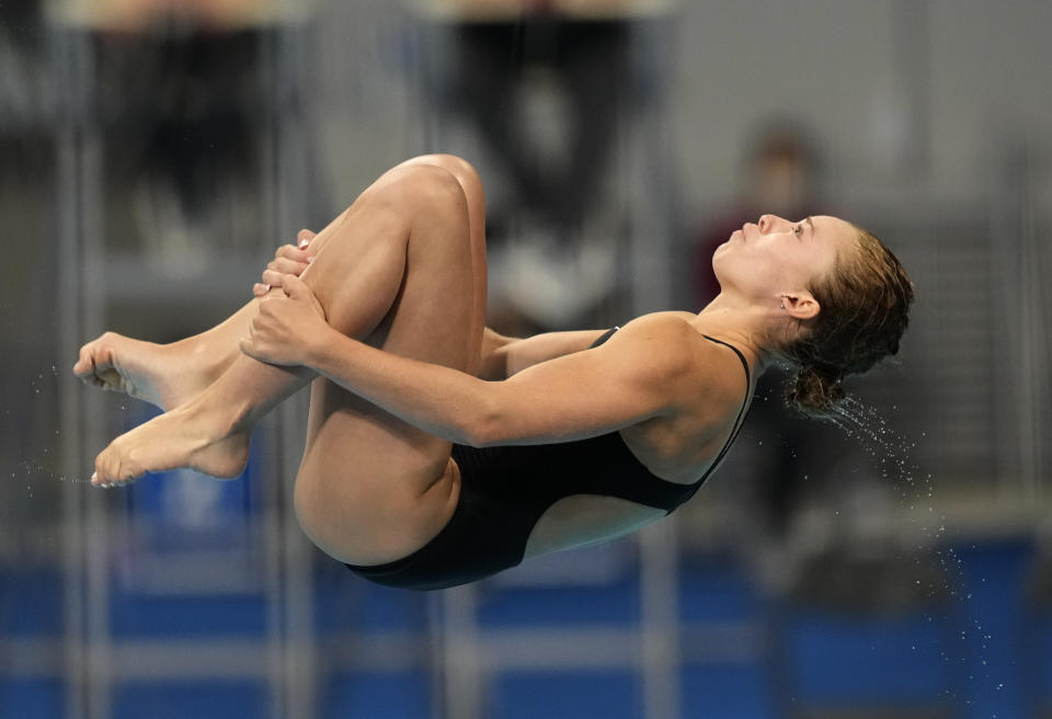 Hailey Hernandez of the United States' competes in women's diving 3m springboard semifinal at the Tokyo Aquatics Centre at the 2020 Summer Olympics, Saturday, July 31, 2021, in Tokyo, Japan. (AP Photo/Dmitri Lovetsky)