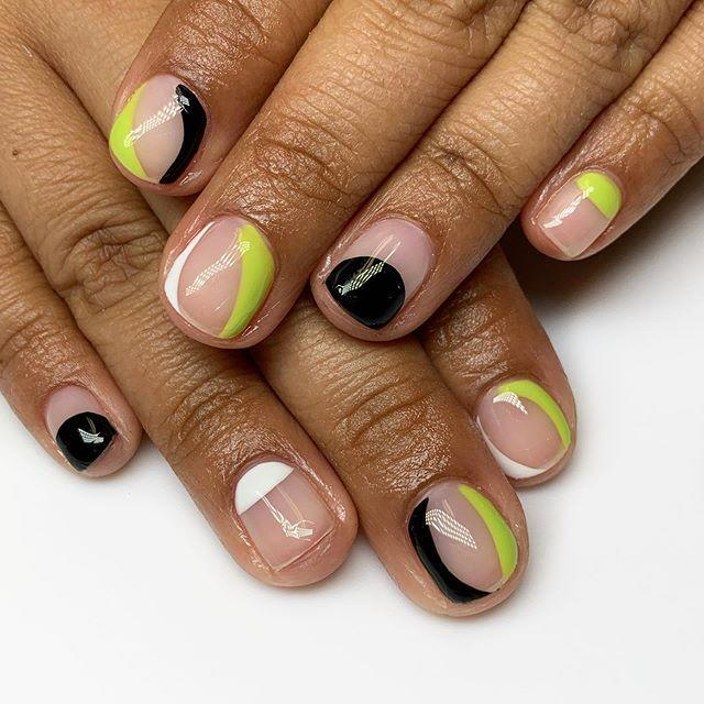 "<p>A Halloween palette is always a solid option. These minimalist lime green, black, and white nails are the ideal classy look. </p><p><a href=""https://www.instagram.com/p/B4P6m6qDvB5/?utm_source=ig_embed&utm_campaign=loading"" rel=""nofollow noopener"" target=""_blank"" data-ylk=""slk:See the original post on Instagram"" class=""link rapid-noclick-resp"">See the original post on Instagram</a></p>"