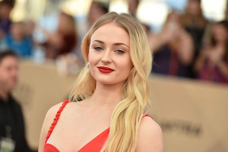 Sophie Turner Chugs Wine on Jumbrotron at Rangers Game