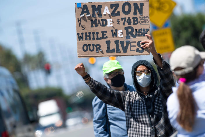Image: Amazon worker strike (Valerie Macon / AFP - Getty Images)