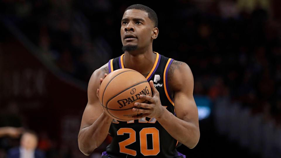 Phoenix Suns' Josh Jackson shoots against the Cleveland Cavaliers in the second half of an NBA basketball game, Thursday, Feb. 21, 2019, in Cleveland. (AP Photo/Tony Dejak)