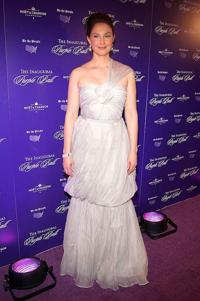 """Ashley Judd looked slightly uncomfortable as she posed at the Inaugural Purple Ball in her silver one-shouldered Monique Lhuillier frock. heo Wargo/<a href=""""http://www.wireimage.com"""" target=""""new"""">WireImage.com</a> - January 20, 2009"""