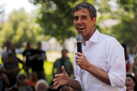 FILE PHOTO: Democratic 2020 U.S. presidential candidate O'Rourke's a campaign stop in Manchester