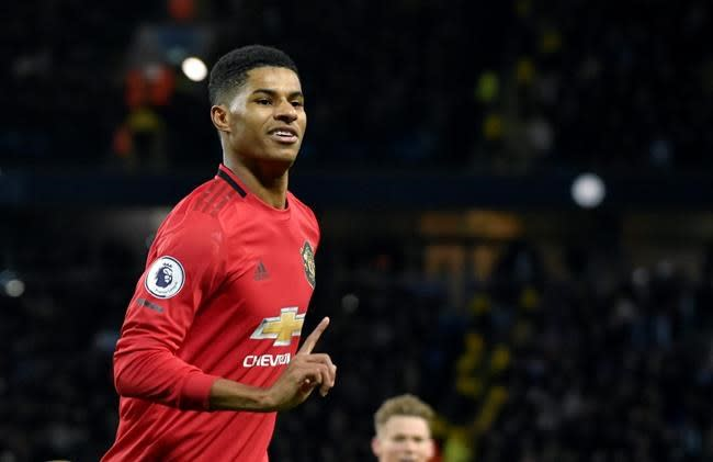 Queen honours Marcus Rashford for child food poverty campaign