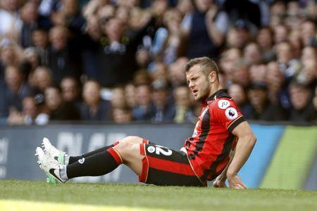 Britain Soccer Football - Tottenham Hotspur v AFC Bournemouth - Premier League - White Hart Lane - 15/4/17 Bournemouth's Jack Wilshere sustains an injury Action Images via Reuters / Paul Childs Livepic