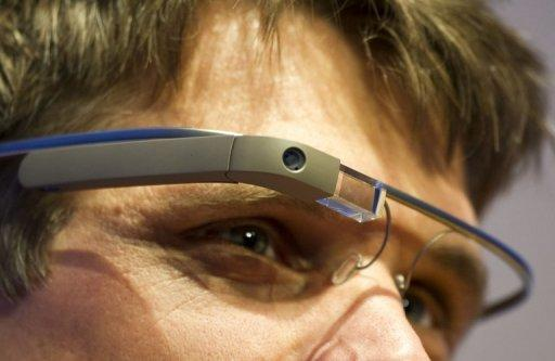 Google chief says Glass privacy fears will fade