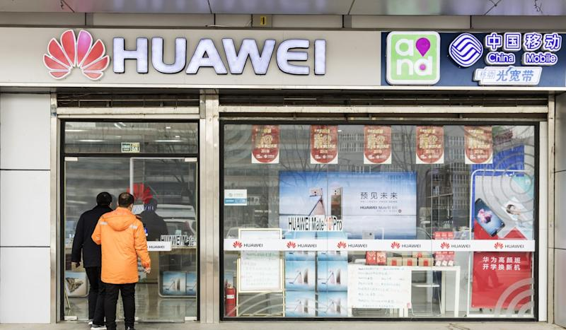 Best Buy to cease US sales of Huawei phones, report says