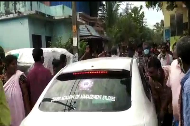'People Forced Heads Inside Car, Wished We Would Contract Virus': Kerala Doctor Recounts Ordeal