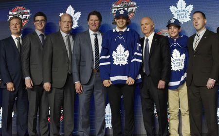 June 23, 2017; Chicago, IL, USA; Timothy Liljegren poses for photos after being selected as the number seventeen overall pick to the Toronto Maple Leafs in the first round of the 2017 NHL Draft at the United Center. Mandatory Credit: David Banks-USA TODAY Sports