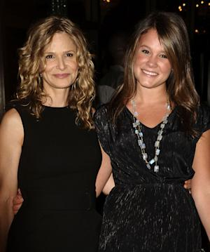 Sosie Bacon and mother Kyra Sedgwick