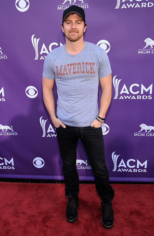 "<span style=""font-size:11.0pt; "">Kip Moore, the singer behind ""Somethin' 'Bout a Truck,"" looked dressed for a lazy Sunday at home, not a red carpet event!<br></span>"