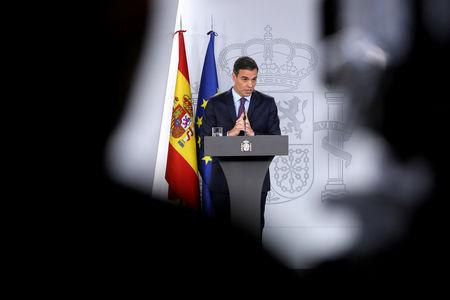 FILE PHOTO: Spain's Prime Minister Pedro Sanchez holds a year-end news conference after the weekly cabinet meeting at Moncloa Palace in Madrid, Spain, December 28, 2018. REUTERS/Susana Vera/File Photo
