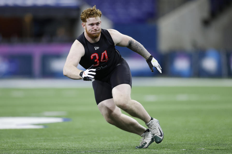 Baylor defensive lineman James Lynch runs a drill during the NFL scouting combine at Lucas Oil Stadium on Feb. 29, 2020 in Indianapolis, Indiana. (Photo by Joe Robbins/Getty Images)