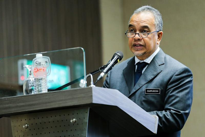 Amiruddin said the government has yet to decide whether the digital taxation can be incorporated in the upcoming Budget 2019 which is scheduled on November 2. — Picture by Ahmad Zamzahuri