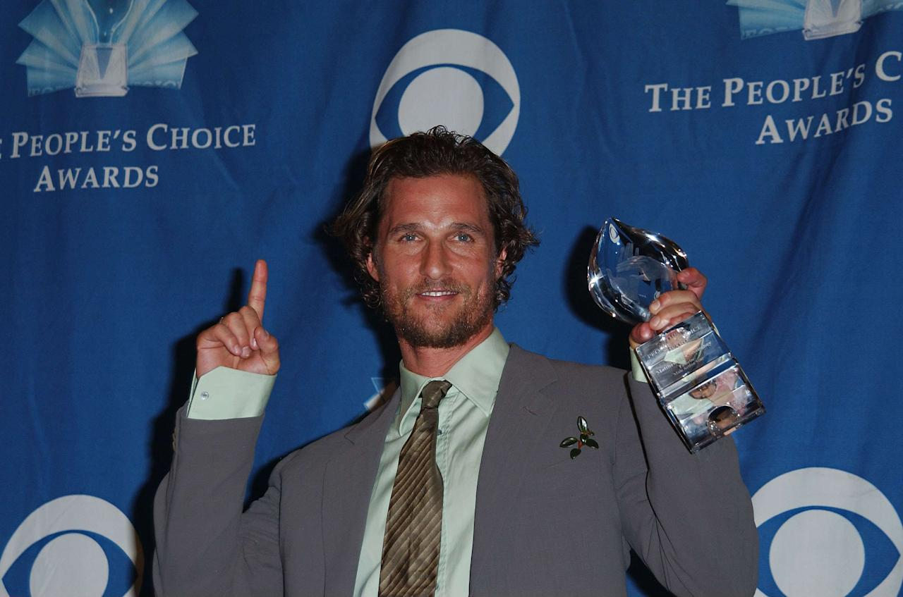 10 January 2006 - Los Angeles, California - Matthew McConaughey, winner of Favorite Male Action Star. The 32nd People Choice Awards - Press Room held at The Shrine. Photo Credit: Giulio Marcocchi/Sipa Press/press.037/Color Space SRGB/0601110732