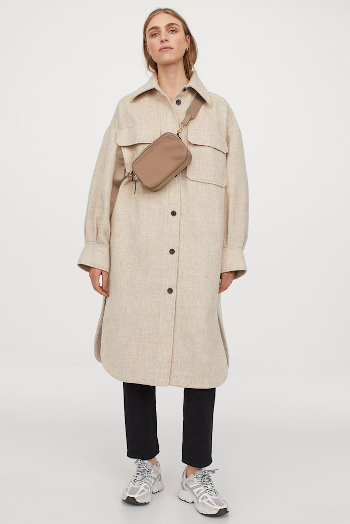 """Your favorite shackets are back for fall — but now, they come in midi length, too. <br> <br> <strong>H&M</strong> Long Shacket, $, available at <a href=""""https://go.skimresources.com/?id=30283X879131&url=https%3A%2F%2Fwww2.hm.com%2Fen_us%2Fproductpage.0891591007.html"""" rel=""""nofollow noopener"""" target=""""_blank"""" data-ylk=""""slk:H&M"""" class=""""link rapid-noclick-resp"""">H&M</a>"""