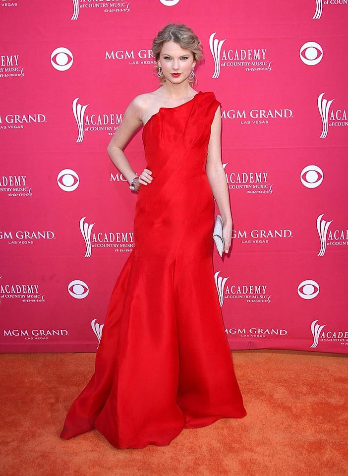 "Taylor Swift donned a red one-shoulder Angel Sanchez gown and Neil Lane jewels, which seemed a tad mature for her 19 years. Jason Merritt/<a href=""http://www.gettyimages.com/"" target=""new"">GettyImages.com</a> - April 5, 2009"