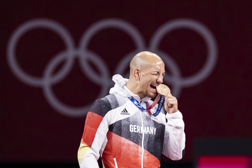 CHIBA, JAPAN - AUGUST 04: (BILD ZEITUNG OUT) Frank Staebler of Germany cheers at the award ceremony in the Men's Greco-Roman 67kg Bronze Medal Wrestling Match on day twelve of the Tokyo 2020 Olympic Games at Makuhari Messe Hall on August 4, 2021 in Chiba, Japan. (Photo by Tom Weller/DeFodi Images via Getty Images)