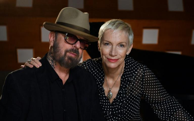 Dave Stewart and Annie Lennox, the music duo who formed the band The Eurythmics in London in 1980, pose inside Studio 3 at the EastWest Studios in Hollywood, California