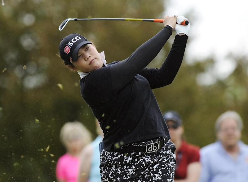 Kirk Takes 1st Round Lead At Womens Australian Open