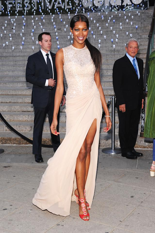NEW YORK, NY - APRIL 17:  Jessica White attends the 2012 Tribeca Film Festival at the State Supreme Courthouse on April 17, 2012 in New York City.  (Photo by Jamie McCarthy/Getty Images)