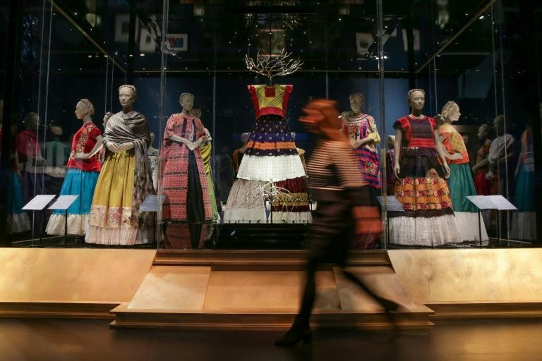 The show also features Frida Kahlo's dresses and the make-up she used to emphasis her mono brow