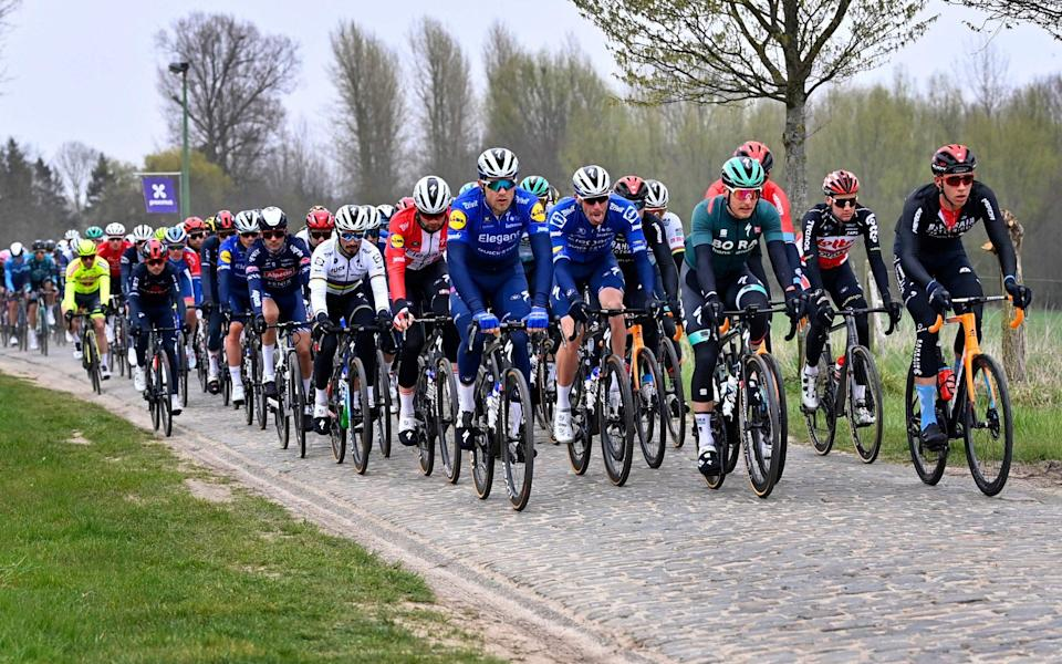 The peloton tackles an early sector of cobbles - GETTY IMAGES