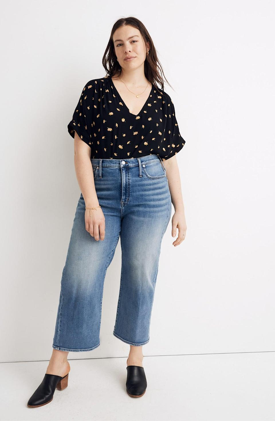 "<p>Wear these <a href=""https://www.popsugar.com/buy/Madewell-Slim-Wide-Leg-Crop-Jeans-585711?p_name=Madewell%20Slim%20Wide%20Leg%20Crop%20Jeans&retailer=shop.nordstrom.com&pid=585711&price=77&evar1=fab%3Aus&evar9=45615413&evar98=https%3A%2F%2Fwww.popsugar.com%2Ffashion%2Fphoto-gallery%2F45615413%2Fimage%2F47583294%2FMadewell-Slim-Wide-Leg-Crop-Jeans&list1=shopping%2Cdenim%2Cwinter%2Cwinter%20fashion&prop13=mobile&pdata=1"" class=""link rapid-noclick-resp"" rel=""nofollow noopener"" target=""_blank"" data-ylk=""slk:Madewell Slim Wide Leg Crop Jeans"">Madewell Slim Wide Leg Crop Jeans</a> ($77, originally $128) with sandals and a floral-print top.</p>"