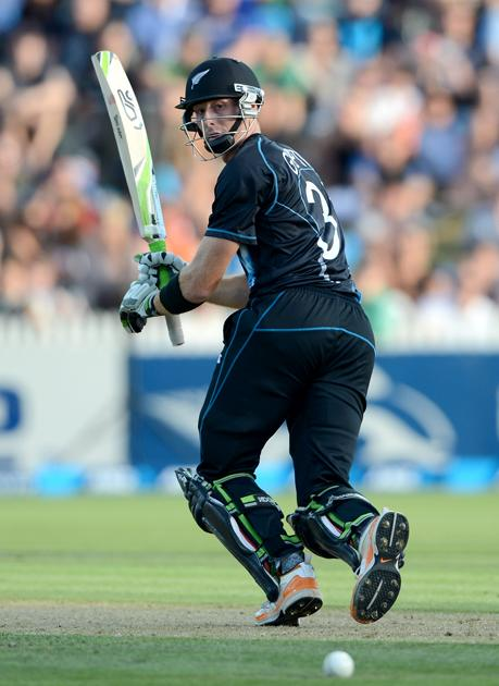 HAMILTON, NEW ZEALAND - FEBRUARY 12: Martin Guptill of New Zealand bats during the international Twenty20 match between New Zealand and England at Seddon Park on February 12, 2013 in Hamilton, New Zealand.  (Photo by Gareth Copley/Getty Images)