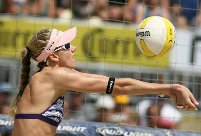 Kerri Walsh passes the ball in the AVP Santa Barbara Open semi final match on September 7, 2008 in Santa Barbara, California. Jennifer Boss and April Ross defeated Misty May-Treanor and Kerri Walsh 21-18, 15-21, 20-18.