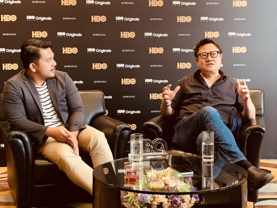 """Directors Eric Khoo (right) and Billy Christian talking about upcoming HBO Asia series """"Food Lore"""". (Photo: Teng Yong Ping/Yahoo Lifestyle Singapore)"""