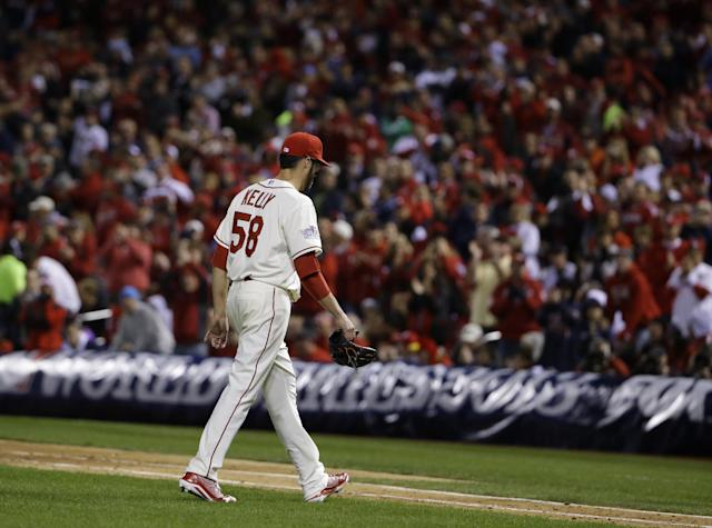 St. Louis Cardinals starting pitcher Joe Kelly walks off after being taken out of the game during the sixth inning of Game 3 of baseball's World Series against the Boston Red Sox Saturday, Oct. 26, 2013, in St. Louis. (AP Photo/Matt Slocum)